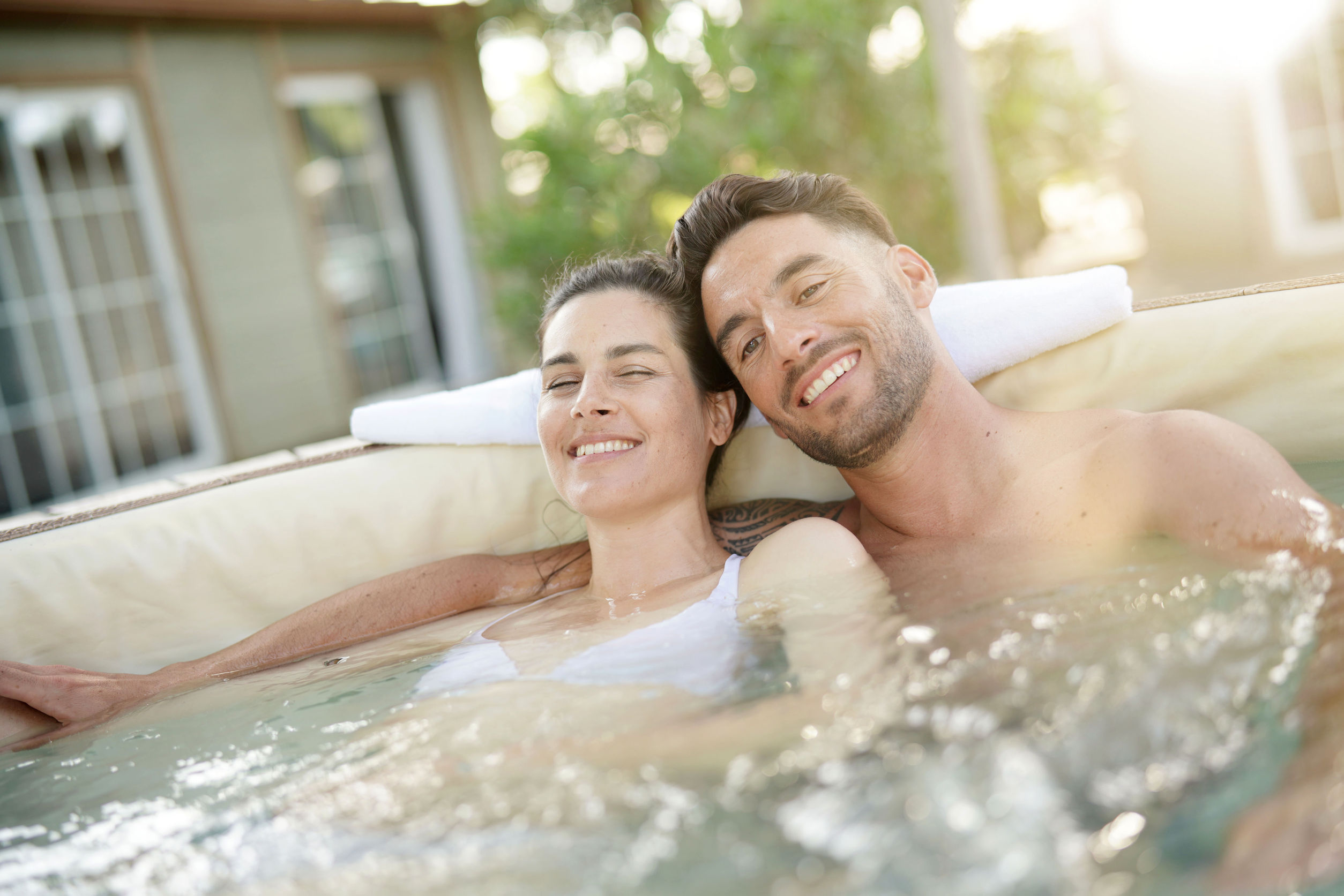Best 2 Person Hot Tub Reviewed and Rated in 2019