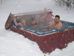 the best 2 person hot tub