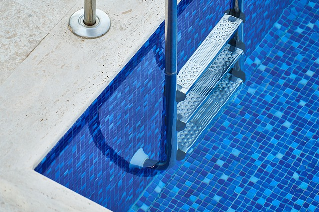 best above ground pool cleaners