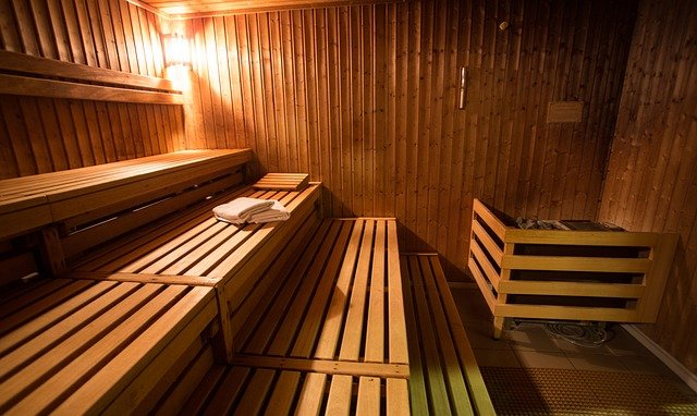type of material the sauna heater